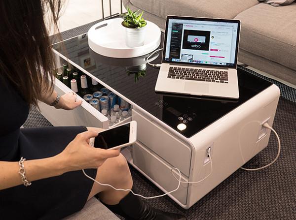 sobro智能茶几 冰箱充电音响一体设计